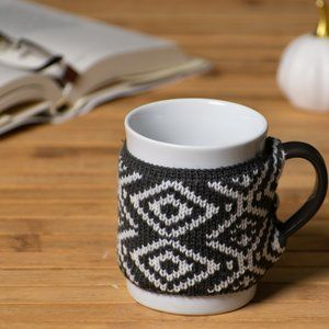 Target Threshold White Ceramic Mug with Cozy